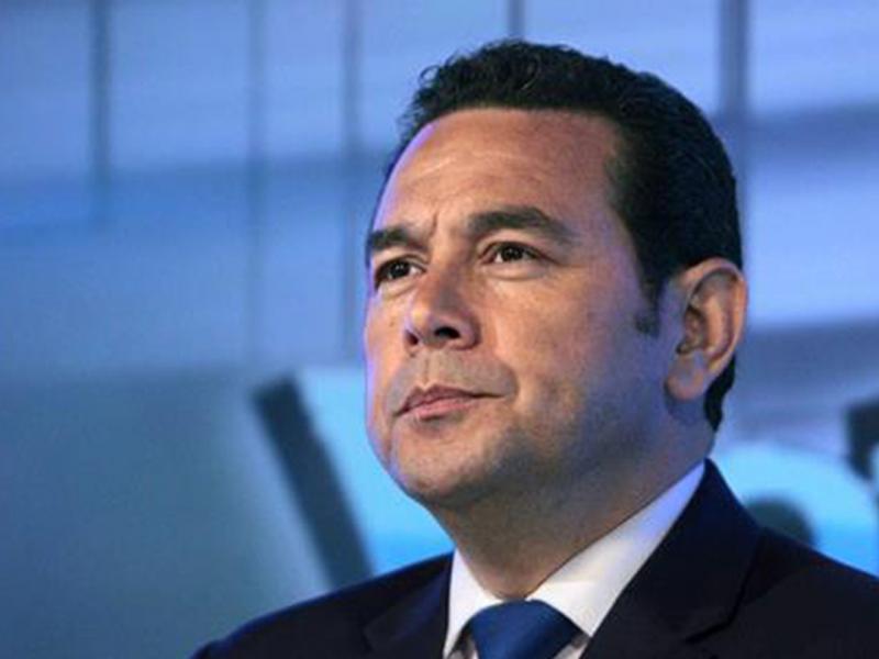 Gobierno de Jimmy Morales desconoce las prohibiciones en época electoral