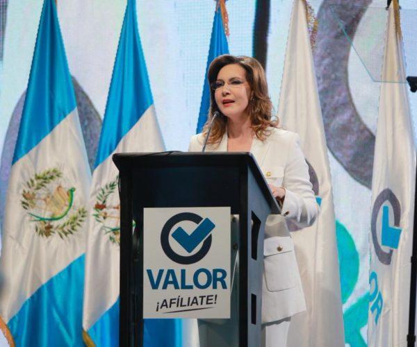 Zury Ríos recurre a encuestas falsas para favorecer su candidatura