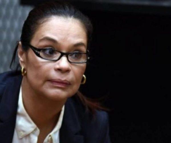 Roxana Baldetti se habría beneficiado de 48 plazas fantasma