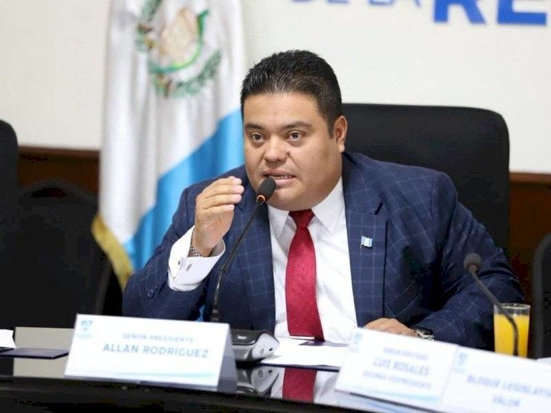 Presidente del Congreso de Guatemala cita a aspirantes a Magistrados de la CSJ para este lunes