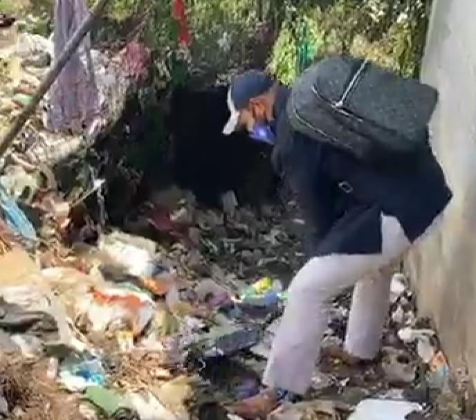 Líder de la Sociedad Civil se suma a limpieza de basurero clandestino El Limón