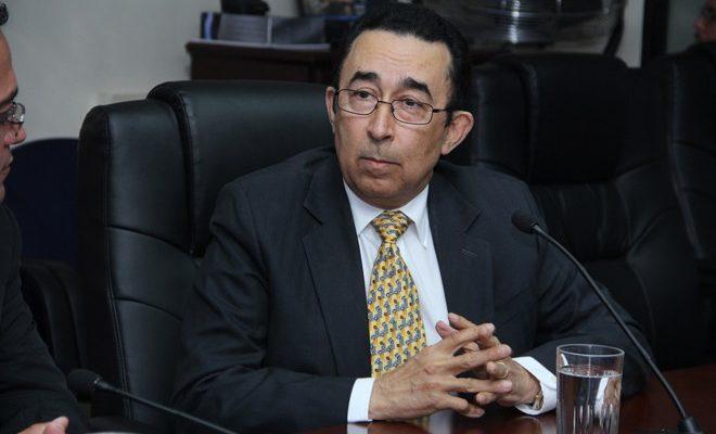 Ex vicepresidente salvadoreño involucrado en deuda millonaria a QUIMAGRO